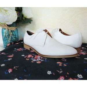 Everlane Rare Modern Oxford Matte Leather White